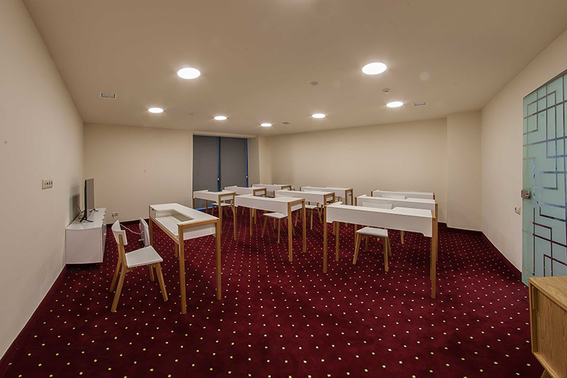 Opera Suite Hotel Yerevan Arno hall conferences
